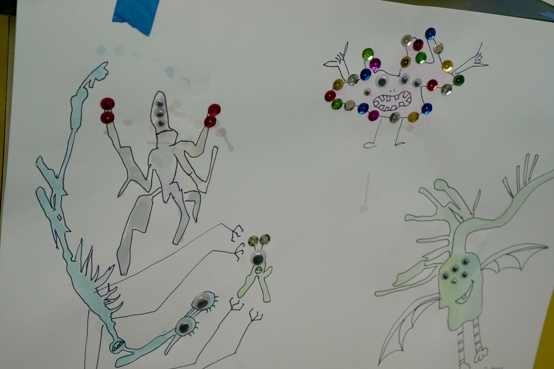 kids creating artwork